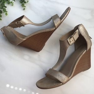Kenneth Cole | Ava Gold Wedges Sandals Heels 9.5
